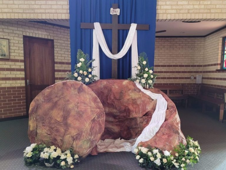 Easter Sunday tomb 21